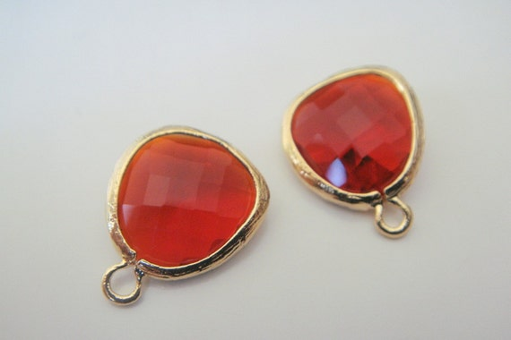 Jewelry Supplies Matte gold Rhodium Plated Glass Pendant  Siam Red  Fancy Cut, 12.5 mm, 2 pc