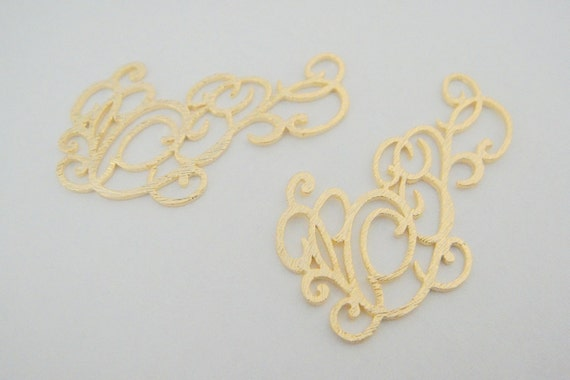 Matte gold Tarnish resistant leaf dangle Earring connector, supplies, findings, K210645