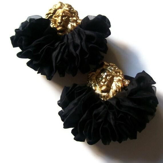 "Fabric Earrings "" The Leader in Black """
