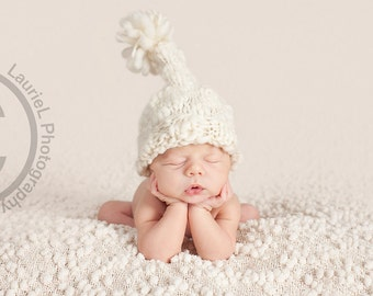 Newborn Hat PATTERN, Snow Bunny, Made with Thick and Thin Yarn, With Pom Pom