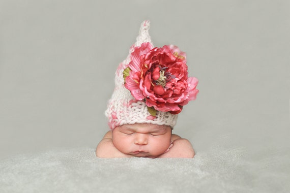 Wynn-Newborn Hat PATTERN-Flower Fairy Hat, Handspun Yarn, in 6 WPI, Downloadable File, for Photography Prop