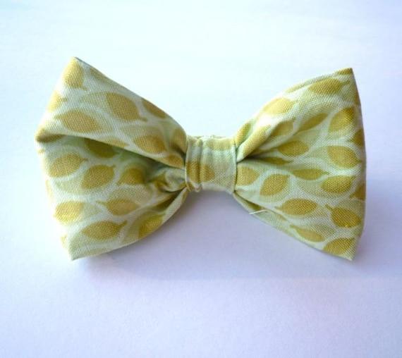 Boy's Spring Leaf Bow tie - clip on