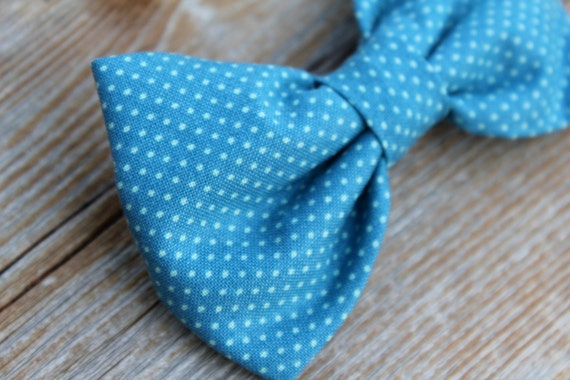 Men's bow tie in Teal Blue Pin dots - Clip on