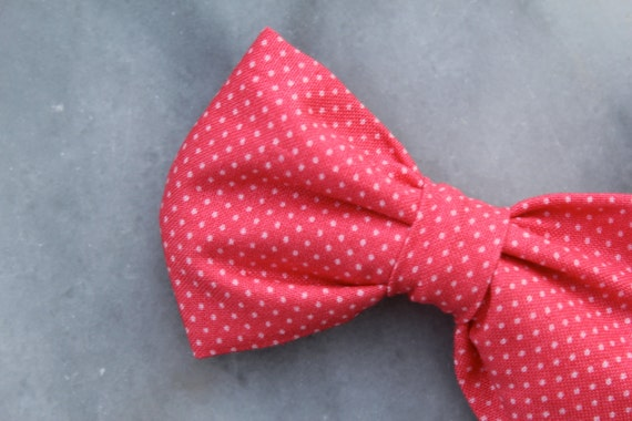 Bow tie in Strawberry Pink Pin dots - Clip on, pre-tied with strap or self tying - frestyle