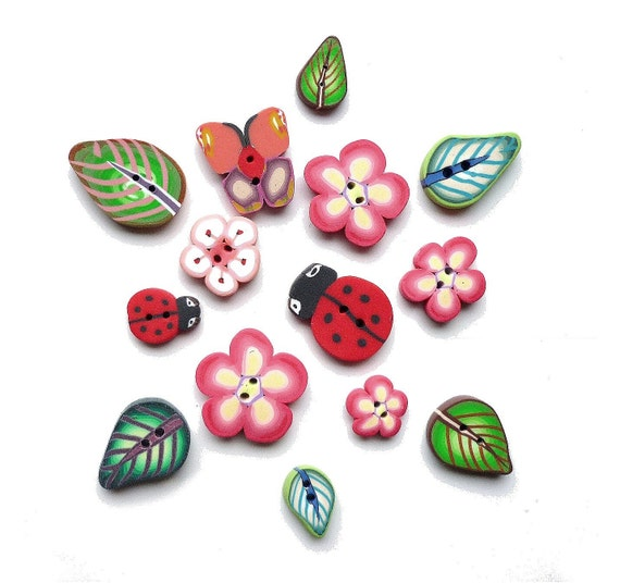 polymer clay handmade flower BUTTONS Ladybug Butterfly Leaf - Set of 14  - embroidery accessories -  boutons fimo fleur feuille coccinelle