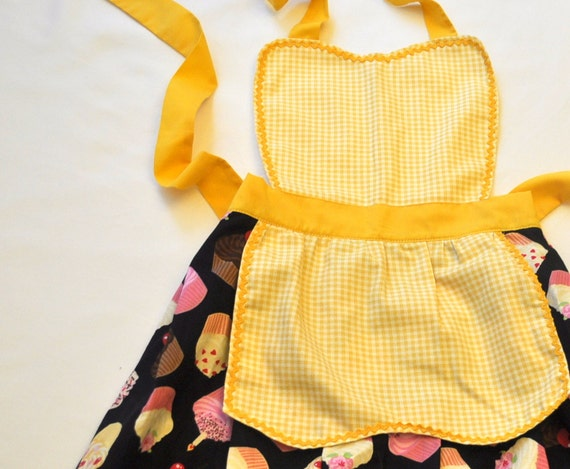 Cute Girls Cupcake Apron- Little girls Yellow Cupcake Apron Great Gift- One size fits 3-9 year old- SALE