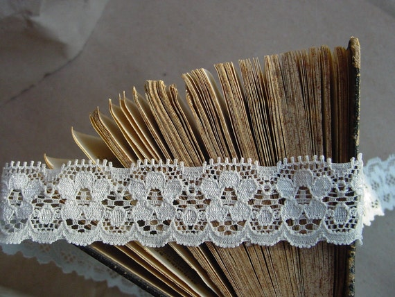 20 mm x 4,37 yards ivory stretch lace trim - Great for Lingerie,Wedding card,Invitation card,Bridal, Garters, Baby Headbands,Altered Couture