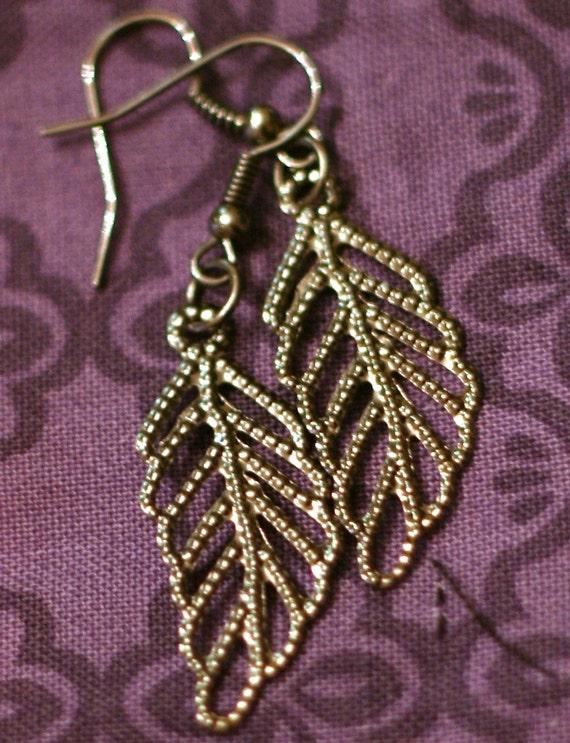 Dainty Leaf Earrings