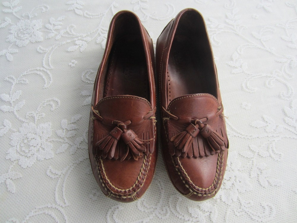 Product - Stacy Adams Danton Men Square Toe Leather Brown Loafer. Product Image. Price $ Product Title. Stacy Adams Danton Men Square Toe Leather Brown Loafer. Product - New Walking Cradles Womens Brown Loafers Size 6. Product Image. Price $ Product Title. New Walking Cradles Womens Brown Loafers Size 6. Add To Cart. There.