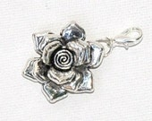 Silver plated Flower  purse jewerly/zipper pull/keychain