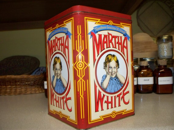 Martha White vintage flour/cookie tin