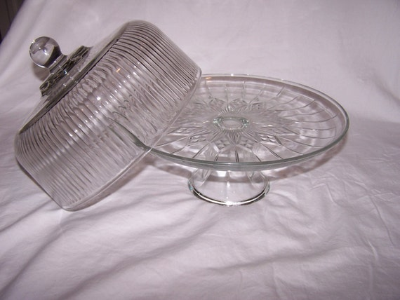 beautiful anchor hocking glass cake stand and cover by memorydepot. Black Bedroom Furniture Sets. Home Design Ideas