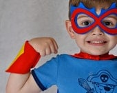 Superhero accessory set - power cuffs and mask