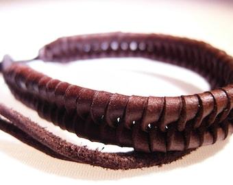 Brown whip bracelet  (B165)