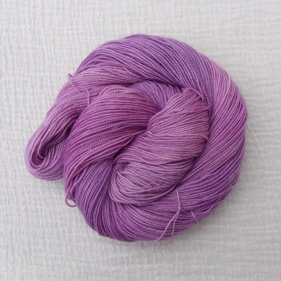 SALE - BFL/Nylon High Twist Sock Yarn - Spring Flowers