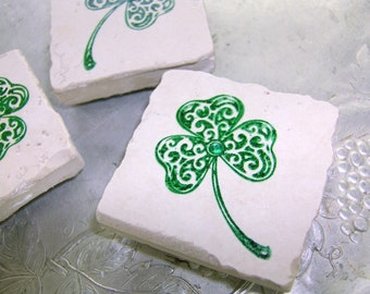 CELTIC WEDDING FaVoR IriSh SHAMROCK Set of 10 Hand Stamped Tumbled Stone Tile Magnet Featured on Beantown Bride