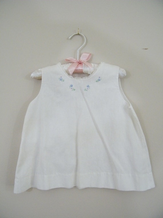 Vintage 1950s Baby Slip / White with Embroidered Flowers