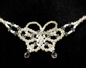 Bead Necklace. Beaded Jewelry. White Pearl and Swarovski Crystal Necklace. Bride Bridal.
