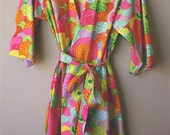 Kimono Style Robe, Dressing Gown or Cover Up.  Pink Floral.  Knee Length.
