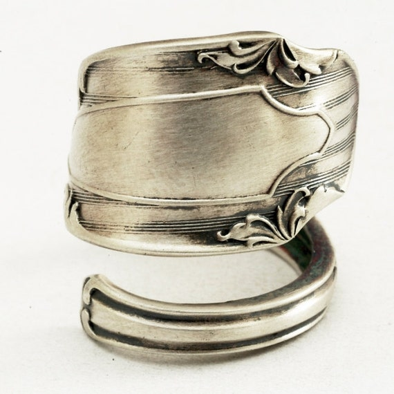 ON SALE Spoon Ring Vintage Victorian Motif with Bows in Sterling Silver, Handmade in Your Size (1332)