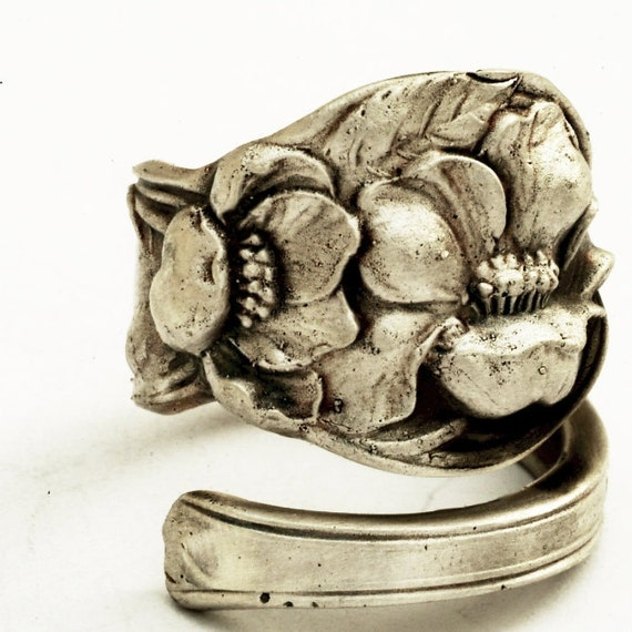 Unique Wild Rose Floral Sterling Silver Spoon Ring, Made in your size (1618)
