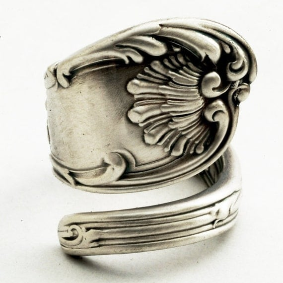 Unique Rococo Scrolls Sterling Silver Spoon Ring, Handcrafted in YOUR Size (1969)
