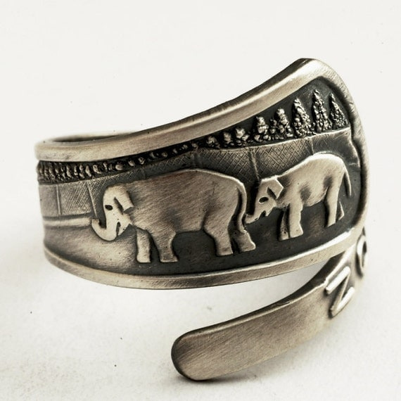Spoon Ring Elephant Oregon Zoo Souvenir Sterling Silver Ring, Made in Your Size (2121)