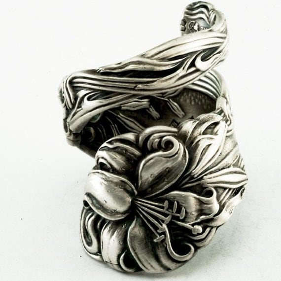Spoon Ring Lovely Frontenac Victorian Era Sterling Ring, Lily Pattern Made in YOUR size (2161)