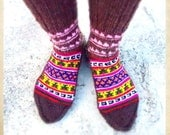 Handknitted socks from the Himalayas - Cotton Pink triangles on top