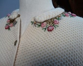 Vintage 1950s Creamy Wool Austrian Style Sweater with Pink Roses and Beads Size Small to medium