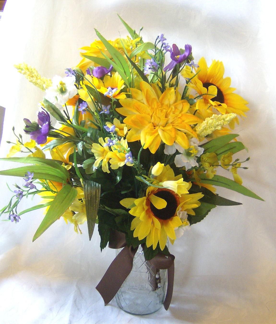 Sunflower cosmos and dahlia centerpiece alter flowers country