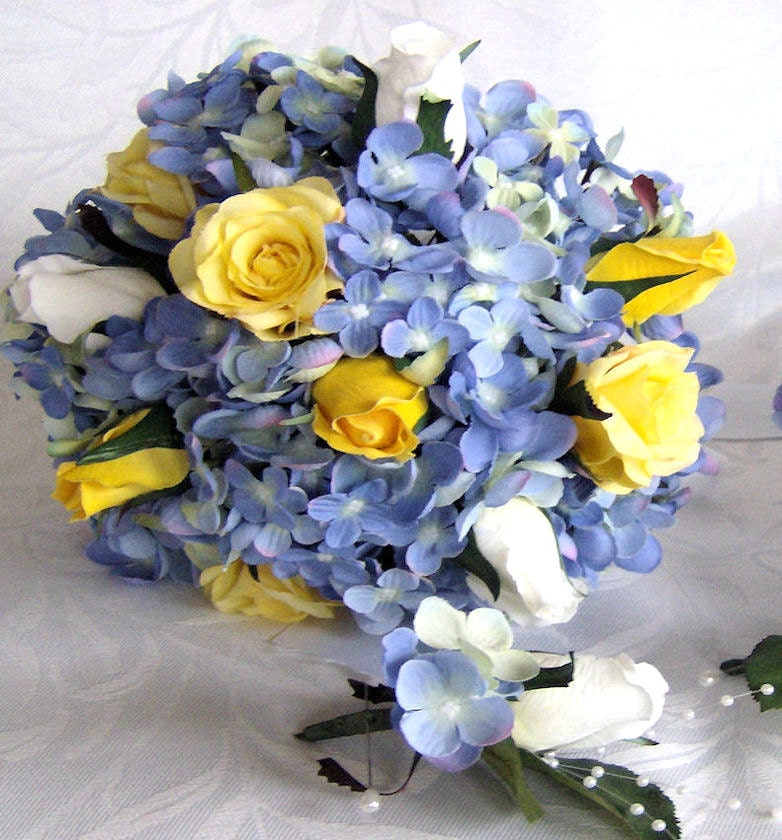 Wedding Flowers Yellow Roses: Bridal Bouquets Blue Hydrangea White Rose Buds Open Closed
