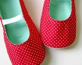 SALE - Girls Slippers - Mary Jane Kid-Sized Slippers in Red, White, and Aqua with Polka Dots - Size 3