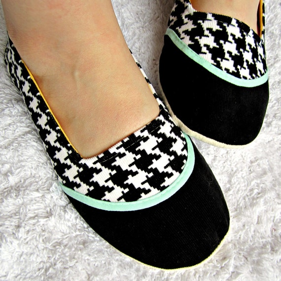 Women's Slippers - Black and White Houndstooth House Slippers with Aqua Accents