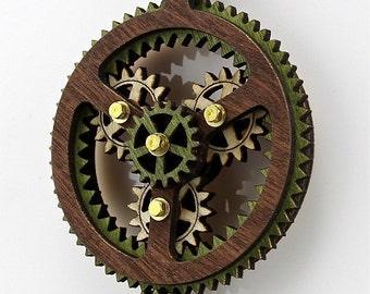 Earth Tone Kinetic Plantarey Gear Pendant #6003A - Hugo Style Gear turning