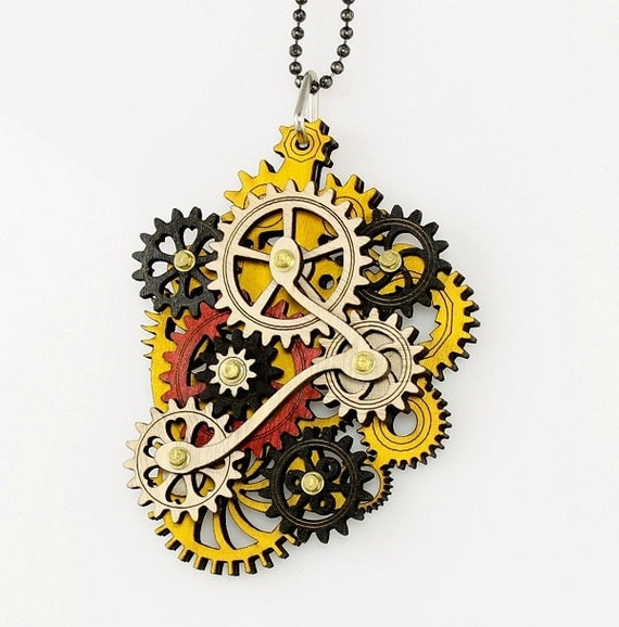 Rastafarian Colored Kinetic Pendant