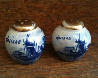 Vintage Dutch Hand Painted Dutch Blue and White Salt and Pepper Shakers circa 1960's / English Shop