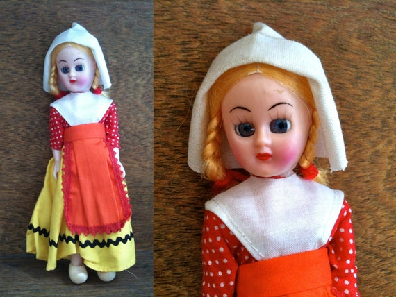 Vintage English pretty blue eyed Dutch display doll circa 1950's / English Shop