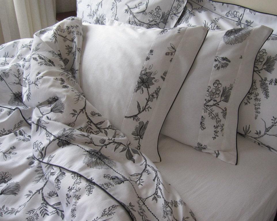 black and white elegant bedding sets 6 pcs queen size duvet. Black Bedroom Furniture Sets. Home Design Ideas