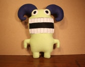 MINI PLUSH MONSTER Lionel in Pale Green with Navy Horns