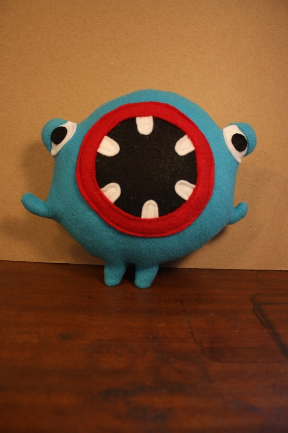 MINI PLUSH MONSTER Clarence in Blue with a Big Round Mouth and Lazy Eyes