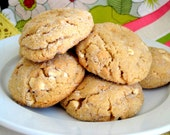 MR.P: 13 All-Natural Peanut-Butter cookies with Peanuts, PB chips and Creamy center