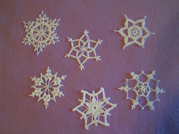 sparkly crocheted snowflake ornaments White 6 Large