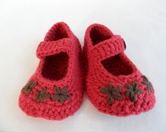 Crocheted MaryJane Baby Booties - Country Red