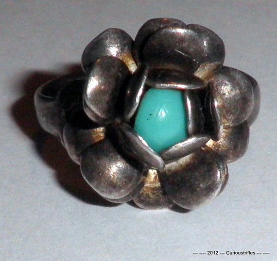 Sterling Silver Turquoise Flower Taxco Ring - Size 6.75