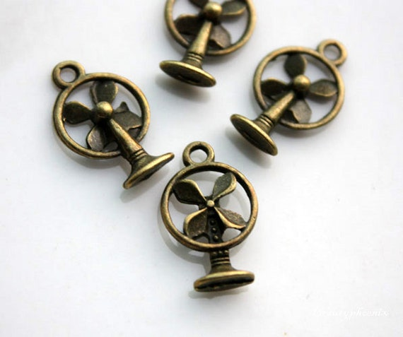 15pcs Of Antique Bronze  Summer Breeze, 3D Vintage Fan Charms Pendants Drops 23705