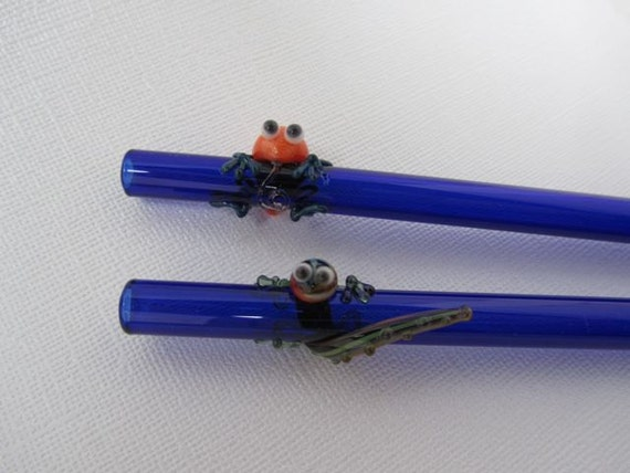 Blue Glass Straws with Clingy Critters