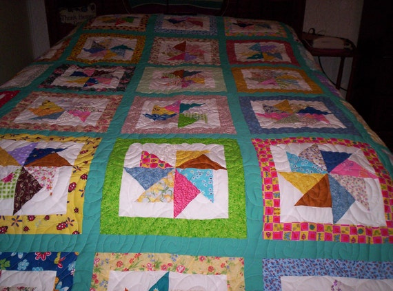 Large Queen Quilt.....Pieced Pinwheel Pattern...Reduced price...