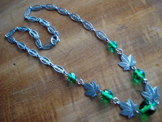 Czech Necklace Art Deco or Edwardian Green Glass and Leaves 1910's 1920's