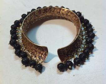 Jewelry Handmade Cuff : Brass and Lava Beads